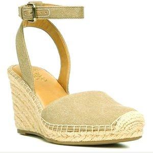 NWOT Franco Sarto Gold Metallic Espadrille Heels